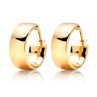 9K Gold Hoop Earrings by Beaverbrooks