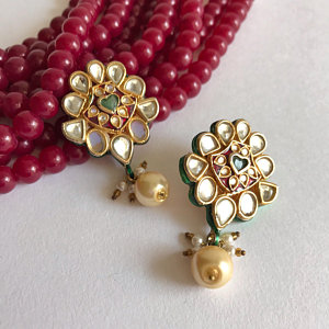 A Complete Guide to Kundan Jewellery