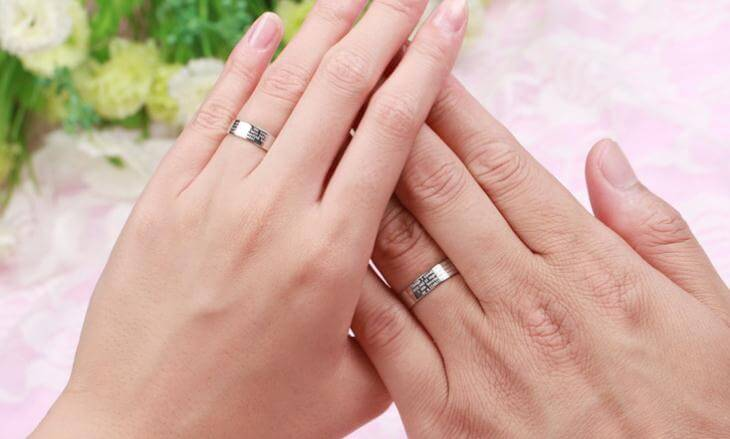promise ring hand