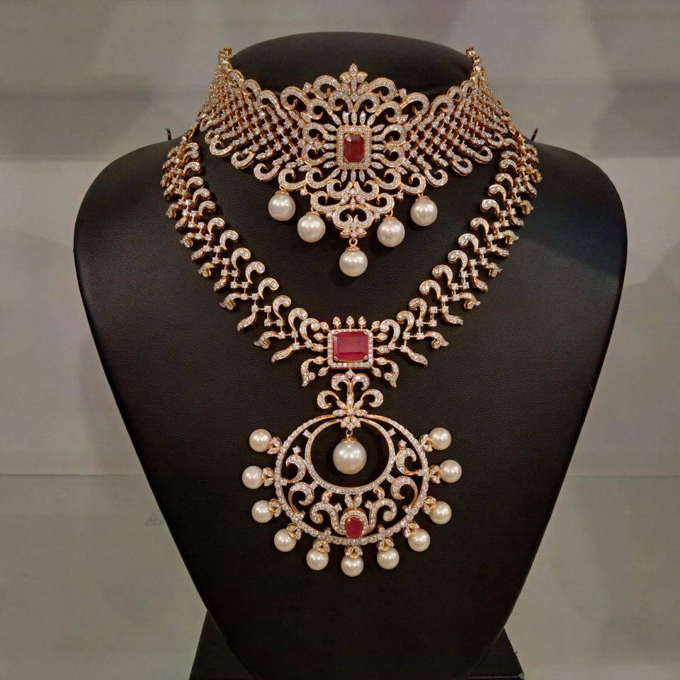 Diamond & pearl long necklace