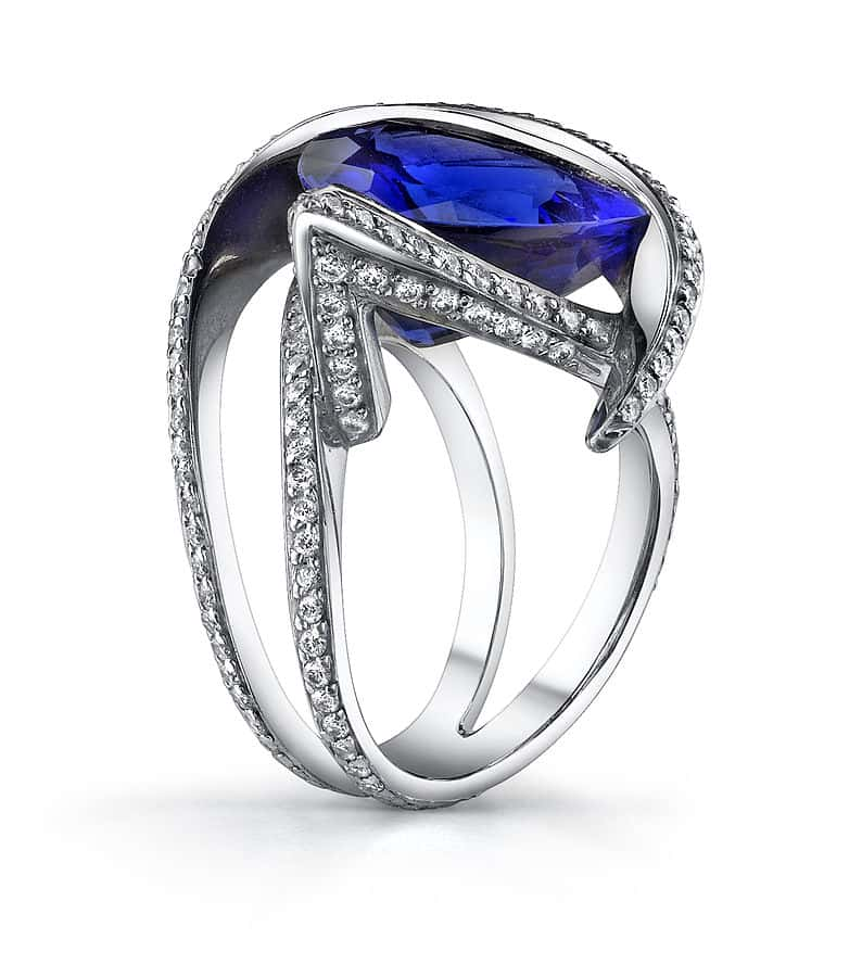 Exquisite tanzanite platinum ring