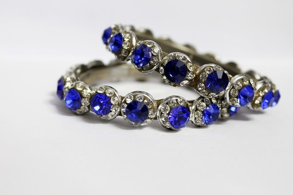 Virgo Birthstone: The Myth & Meaning Behind Sapphire