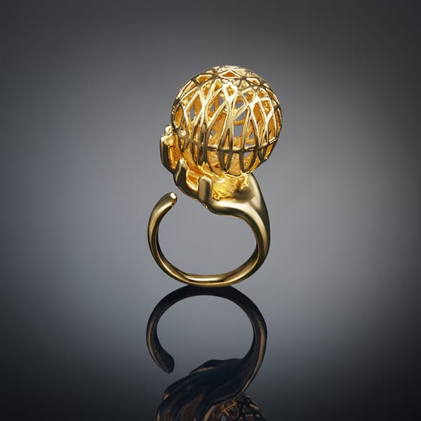 GOLD TONED RING