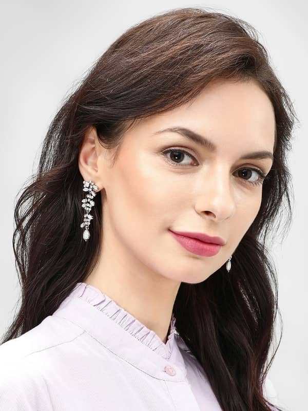 Style Fiesta White Crystal Drop Earrings