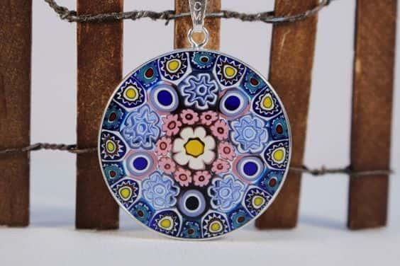 A través del espejo: el mundo místico de las joyas de cristal de Murano