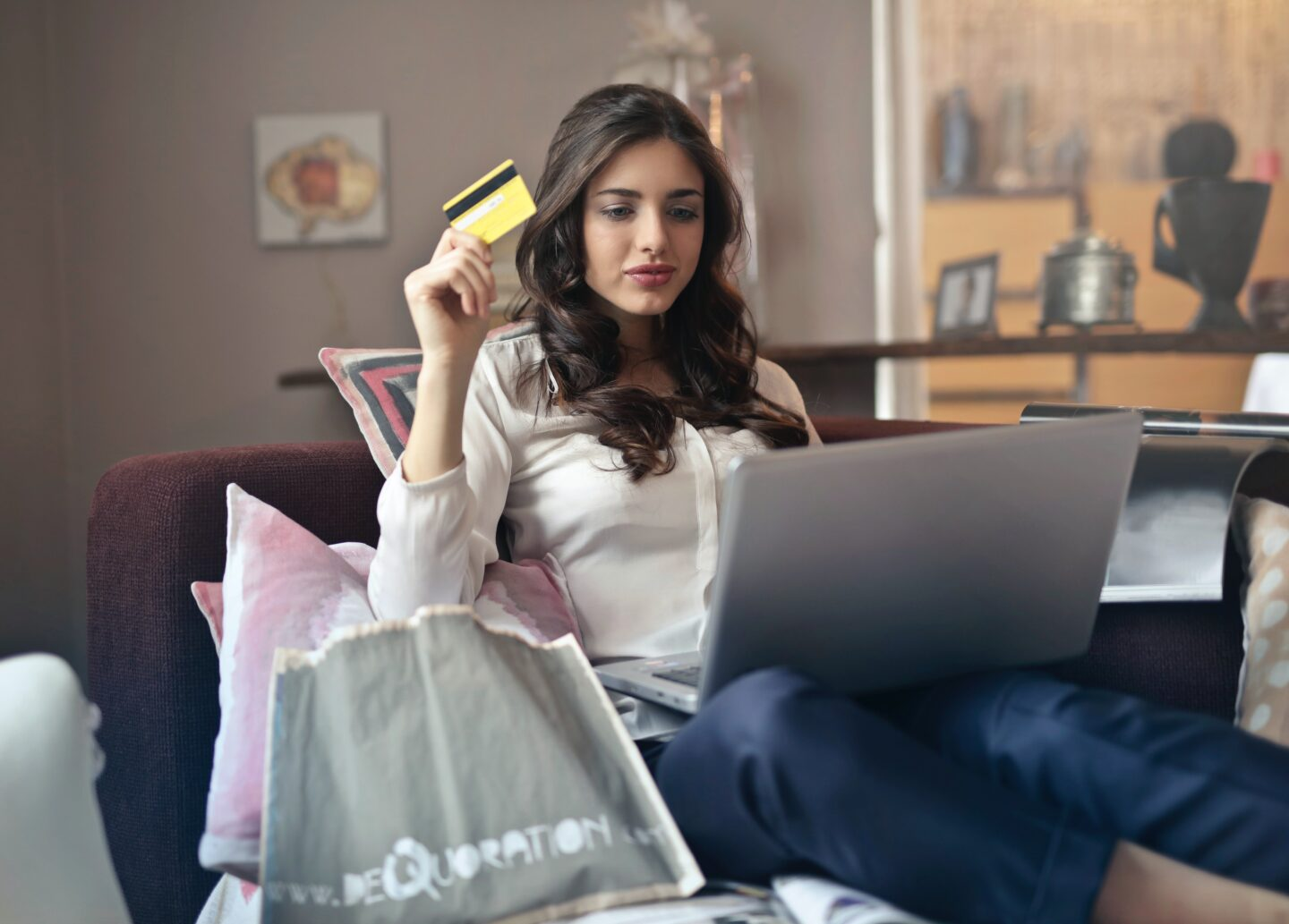 7 Important Things to keep in mind while buying Jewellery Online
